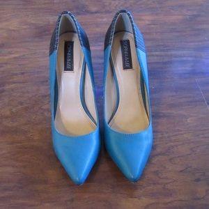 Sophia & Lee pointed toe heels